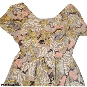 Yumi Floral Dress Peekaboo Back